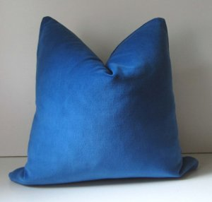 Cobalt Blue velvet by STUDIO TULLIA