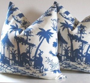 Canton Bazaar Chinoiserie Pillow by STUDIO TULLIA on ETSY