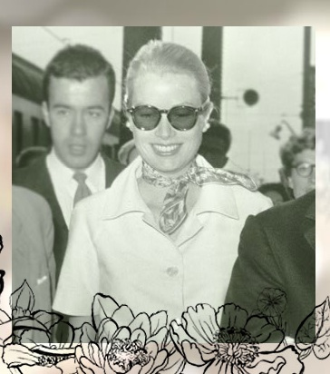 Princess Grace of Monaco with the Flora scarf!